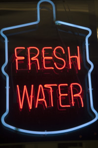 neon sign - water available
